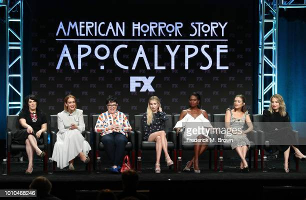 Executive producer Alexis Martin Woodall Sarah Paulson Kathy Bates Emma Roberts Adina Porter Billie Lourd and Leslie Grossman speaks onstage at the...