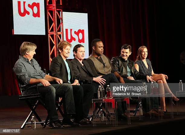 Executive producer Bob Fisher executive producer Denis Leary Actor Michael Mosley actor Kevin Daniels actor Kevin Bigley and actress Jessica McNamee...