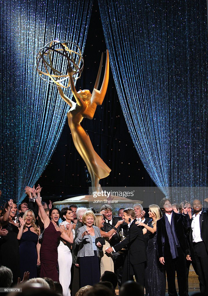 Executive Producer Bradley Bell (C) and the cast of 'The Bold And The Beautiful' accept the Outstanding Drama Series award onstage during the 36th Annual Daytime Emmy Awards at The Orpheum Theatre on August 30, 2009 in Los Angeles, California.