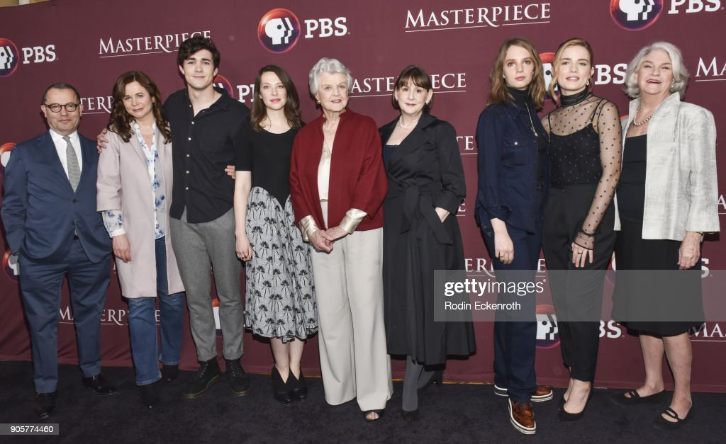 "Photo Call For BBC's ""Little Women"" : Nachrichtenfoto"
