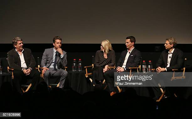 Executive Producer John Wells, Actor Scott Speedman, Actor Ellen Barkin, Actor Shawn Hatosy and Executive Producer, writer Jonathan Lisco participate...