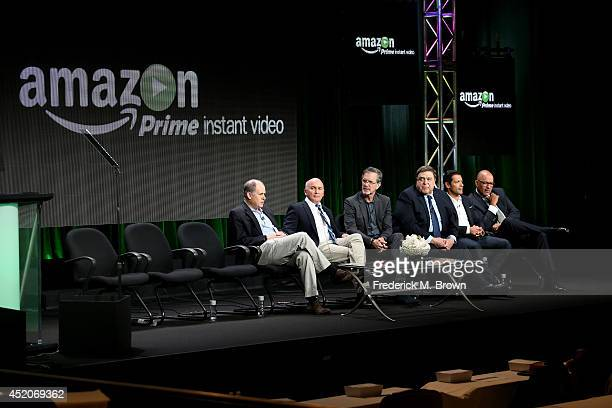 Executive producer Jonathan Alter actor Matt Malloy creator/writer Garry Trudeau actors John Goodman Mark Consuelos and Clark Johnson speak onstage...