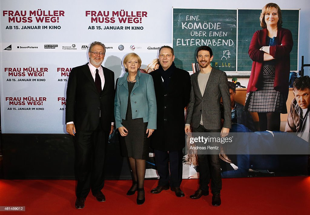 Executive producer Martin Moszkowicz, Hannelore Kraft, Governor of North Rhine-Westphalia, producer Tom Spiess and producer Oliver Berben attend the premiere of the film 'Frau Mueller muss weg' at Cinedom on January 12, 2015 in Cologne, Germany.