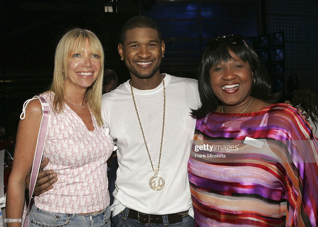 executive producer melissa corken left singer usher and his mother and manager - Executive Producer Music