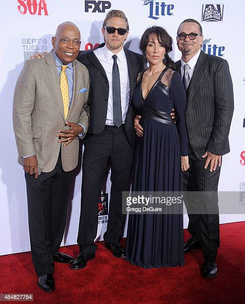 Executive producer Paris Barclay actors Katey Sagal Charlie Hunnam and executive producer Kurt Sutter arrive at FX's 'Sons Of Anarchy' premiere at...