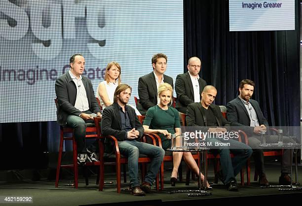 Executive Producer Richard Suckle Executive producer/showrunner Natalie Chaidez Coexecutive producer Terry Matalas Coexecutive producer Travis...