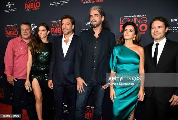 executive producer Todd Nichols actress Julieth Restrepo Javier Bardem director Fernando Leon de Aranoa Penelope Cruz and producer Dean Nichols poses...