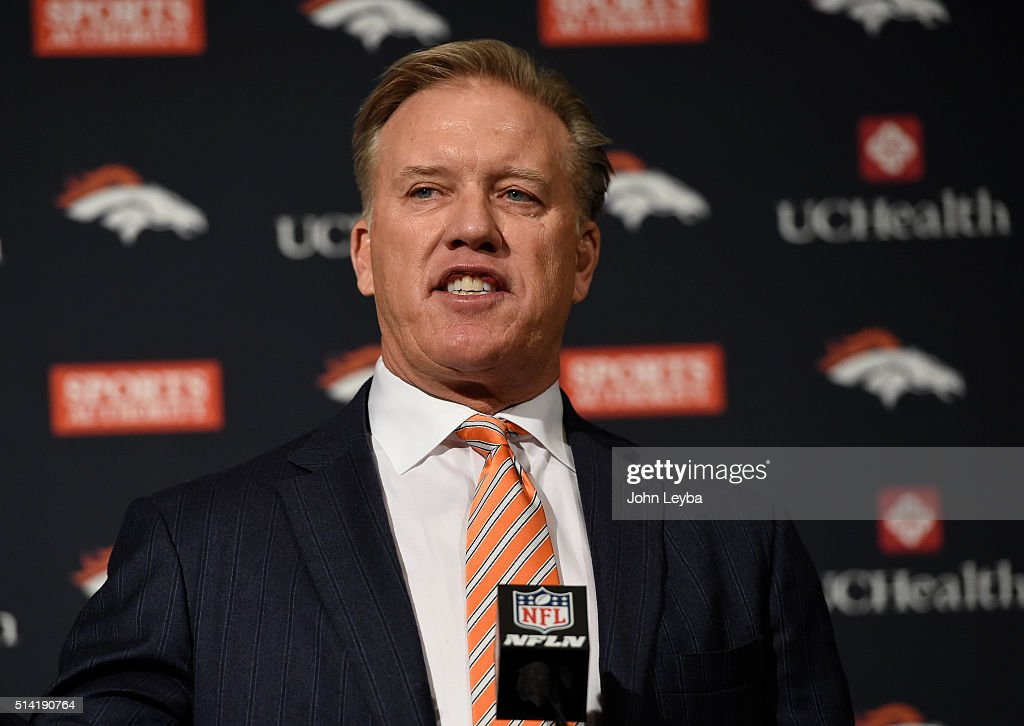 Denver Broncos Peyton Manning press conference at UCHealth Training Center : News Photo