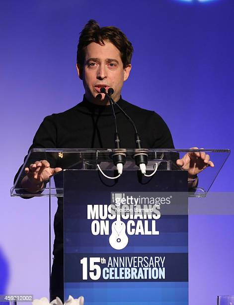 Executive Vice President Of Republic Records, Charlie Walk speaks onstage during Musicians On Call Celebrates Its 15th Anniversary Honoring Kelly...
