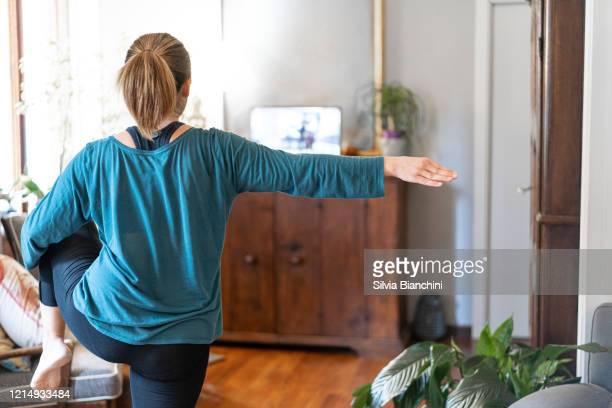 übungspausen - turner syndrome stock-fotos und bilder