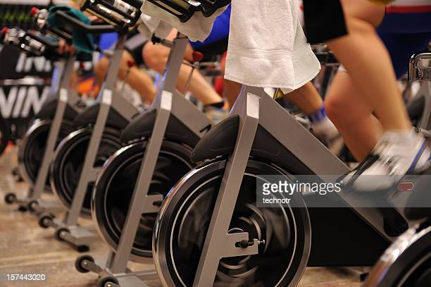 exercising action - spinning stockfoto's en -beelden