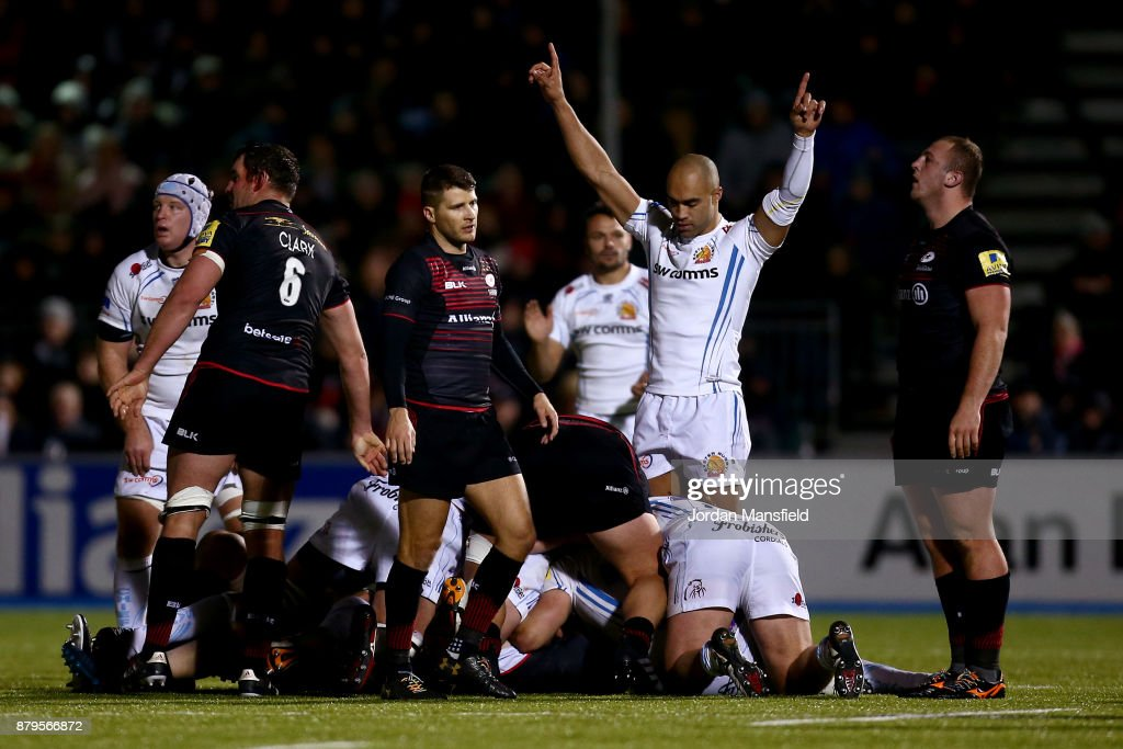 Exeter celebrate at the final whistle after victory during the Aviva Premiership match between Saracens and Exeter Chiefs at Allianz Park on November 26, 2017 in Barnet, England.