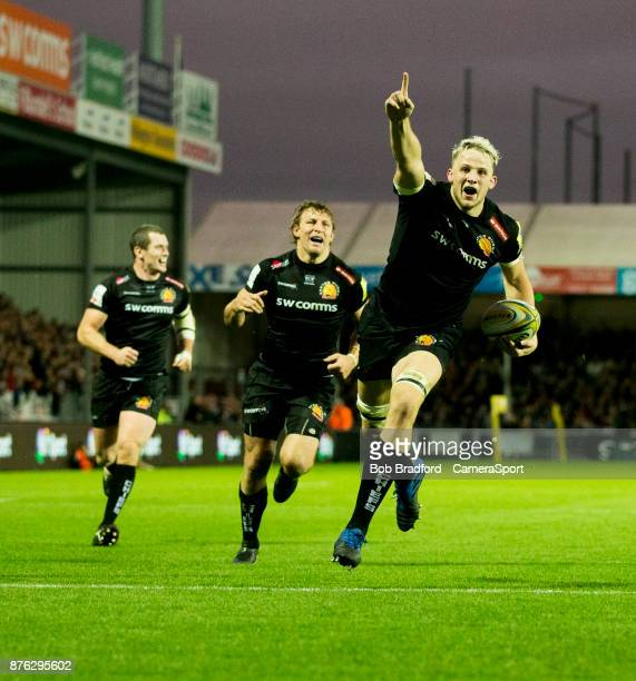 EXETER ENGLAND NOVEMBER Exeter Chiefs' Jonny Hill celebrates on his way to score his sides fourth try during the Aviva Premiership match between...