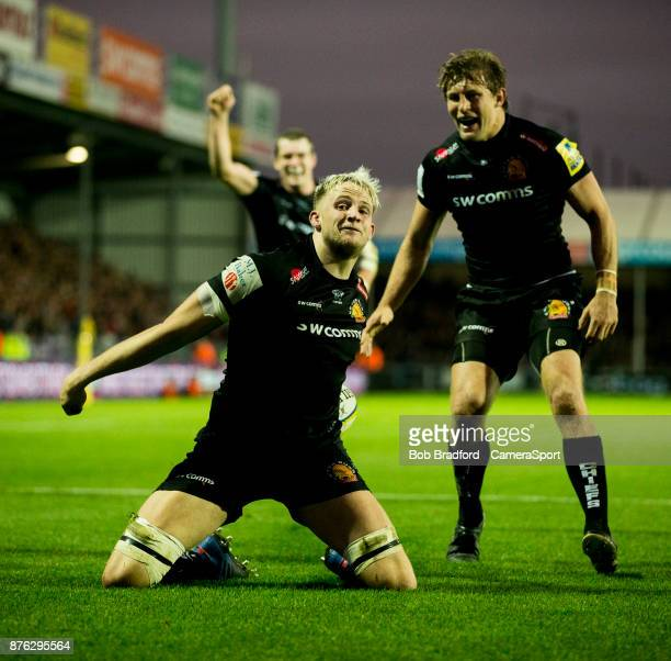 Exeter Chiefs' Jonny Hill celebrates scoring his sides fourth try during the Aviva Premiership match between Exeter Chiefs and Harlequins at Sandy...