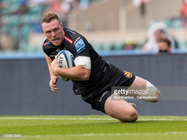 Exeter Chiefs' Sam Simmonds in action during the Gallagher Premiership Rugby Final between Exeter Chiefs and Harlequins at Twickenham Stadium on June...