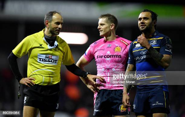 Exeter United Kingdom 10 December 2017 Team captains Gareth Steenson of Exeter Chiefs and Isa Nacewa of Leinster speak to Referee Romain Poite during...