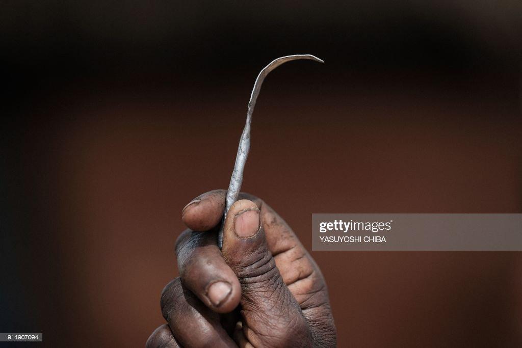 UGANDA-HEALTH-TRADITION-FGM-RIGHTS : News Photo