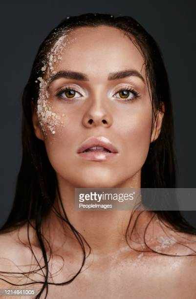exfoliating is what keep me shining like a diamond - beauty treatment stock pictures, royalty-free photos & images