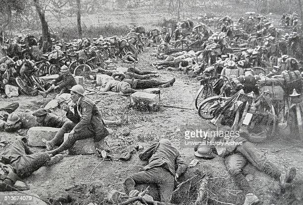 Exhausted French soldiers rest during a lull in the battle of the marne, France, 1914. World war one.