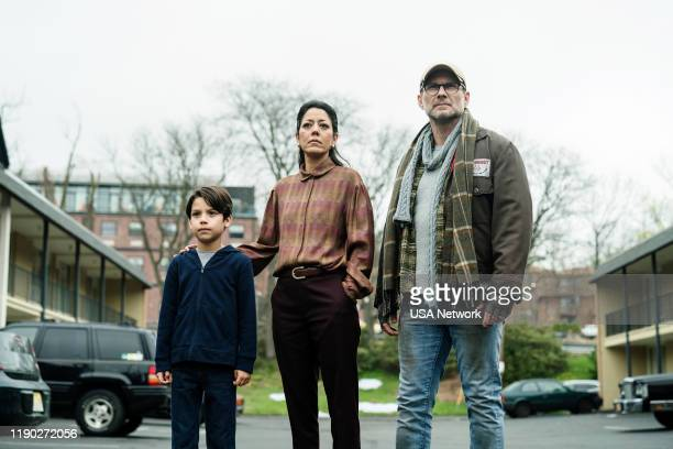 MR ROBOT eXit Episode 411 Pictured Evan Whitten as Young Elliot Vaishnavi Sharma as Elliot's Mother Christian Slater as Mr Robot