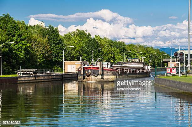exiting straubing lock - straubing stock pictures, royalty-free photos & images