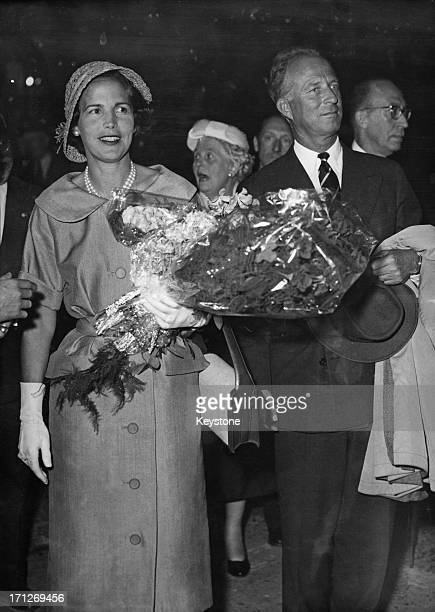 ExKing Leopold III of Belgium and Princess Lilian of Belgium return to Brussels after their car crash in Cortina Italy 24th July 1957 The couple...