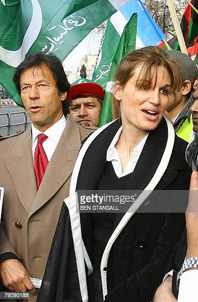 Ex-Pakistan cricketer Imran Khan and his former wife Jemima Khan attend a demonstration outside 10 Downing Street in London, 28 January 2008, as...