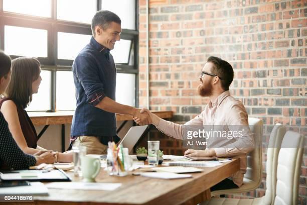 巧妙な交渉に向けたビジネスを展開