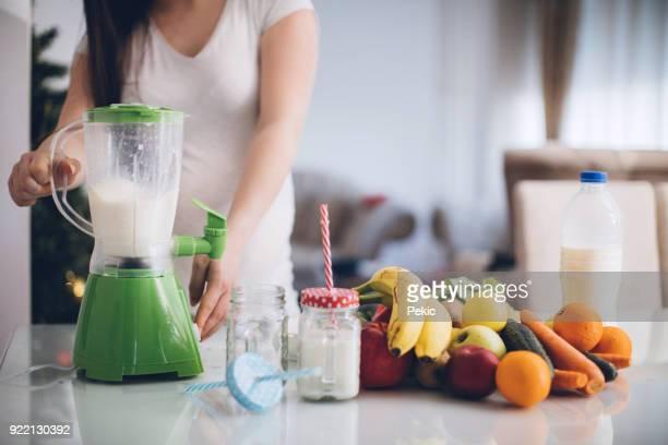 妊娠中の母親は、健康的な食事を好む