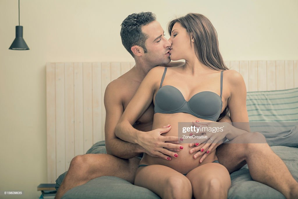 Pregnant woman undresses on camera to spread an important