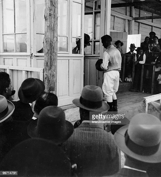 Expedition Freiherr von Kummer. Racecourse in Ankara. Turkey. Photograph. Around 1930.