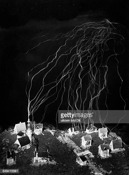 Experiments with high voltage and simulation of lightning strikes at the Ardenne Research Laboratory for Electronic Physics in BerlinLichterfelde...