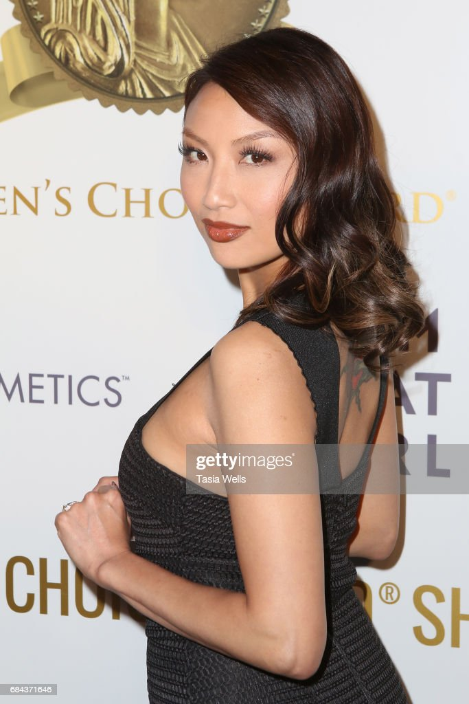 Expert stylist and TV personality Jeannie Mai attends the Women's Choice Award Show at Avalon Hollywood on May 17, 2017 in Los Angeles, California.
