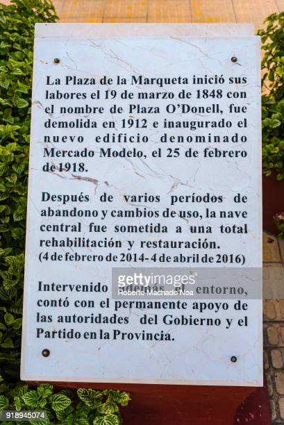 Explanatory plaque in Plaza La Marqueta The commercial district is a tourist attraction in the city