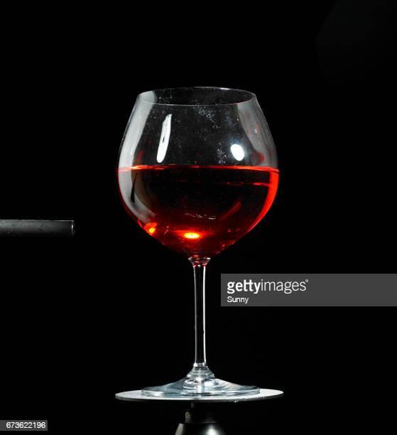 exploding Wineglas