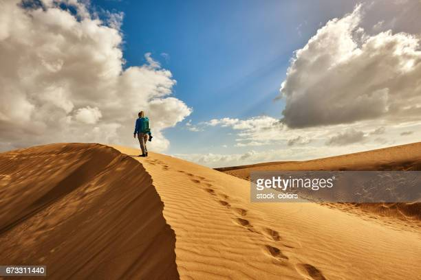 exploring the desert - grand canary stock pictures, royalty-free photos & images