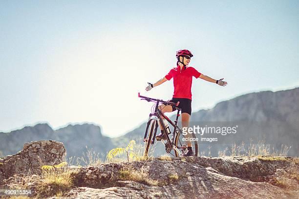 Erkunden Sie die mountain trails