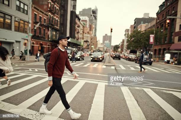 通りを散策