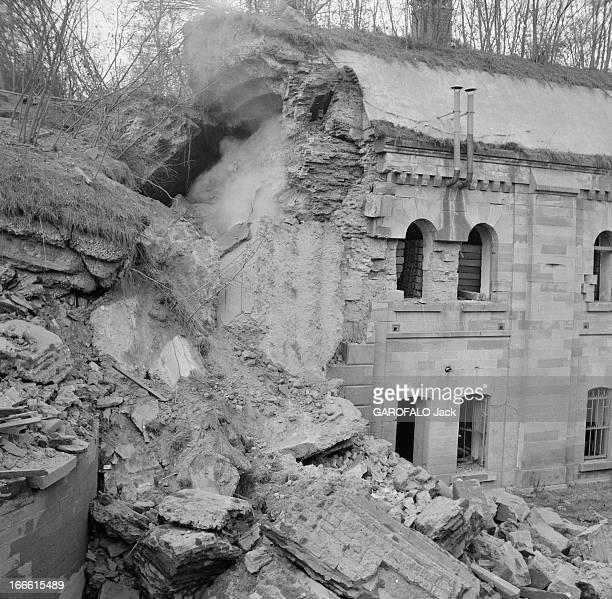 Explosion Of A Fort Near Strasbourg France Strasbourg une explosion détruit un fort construit dans la périphérie de la ville Ici un bâtiment...