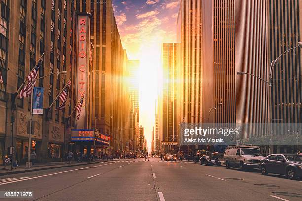 explosion of light - sixth avenue stock pictures, royalty-free photos & images
