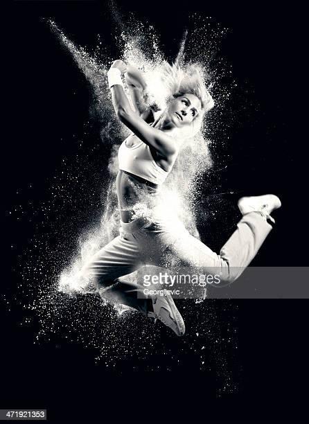 爆発的ダンス