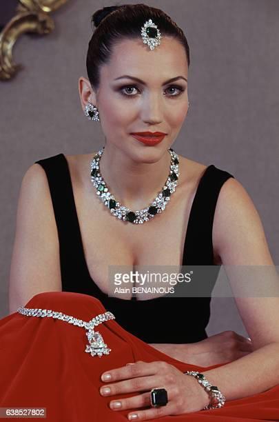 Exposition de bijoux du joaillier Harry Winston le 6 mai 1996 à Genève Suisse