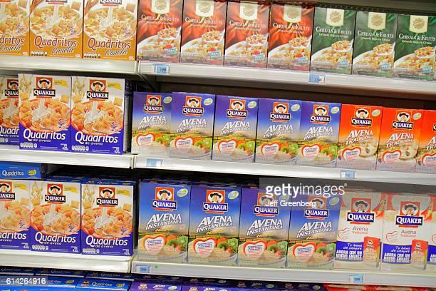 Express Lider supermarket, shelves of breakfast cereal.
