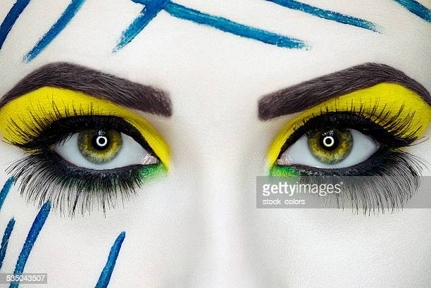 Maquillage yeux expressifs