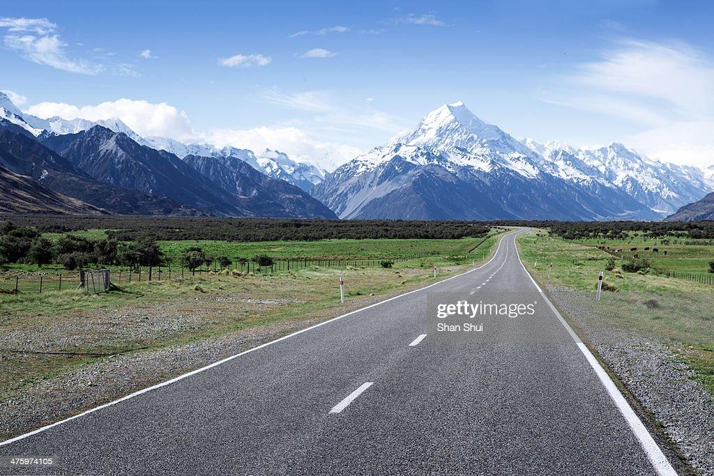 Expressway in New Zealand : Stock Photo