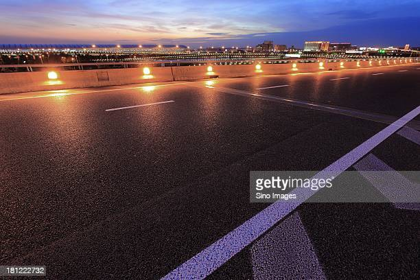 Expressway to Shanghai Pudong International Airport