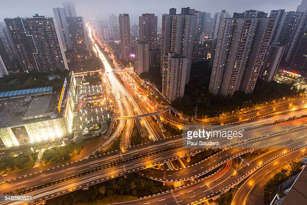 expressways at dusk, chongqing, china - gold rush imagens e fotografias de stock