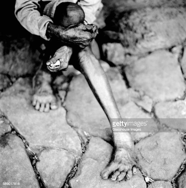 extended leg and bare foot - underweight stock pictures, royalty-free photos & images