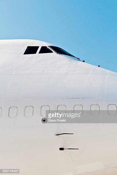 747 exterior cockpit