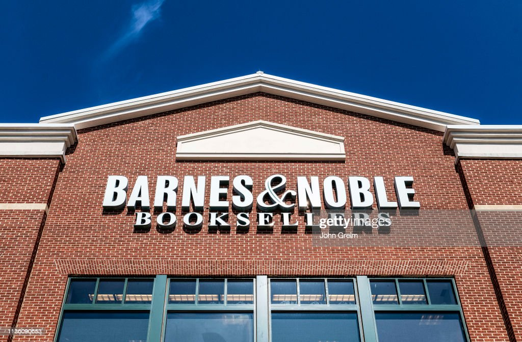 Exterior of Barnes and Noble bookstore, Mall of Georgia... : News Photo